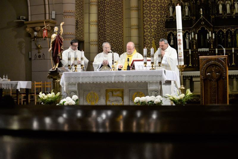 Húsvétvasárnap a Magyarok Nagyasszonya társészeksegyház templomában