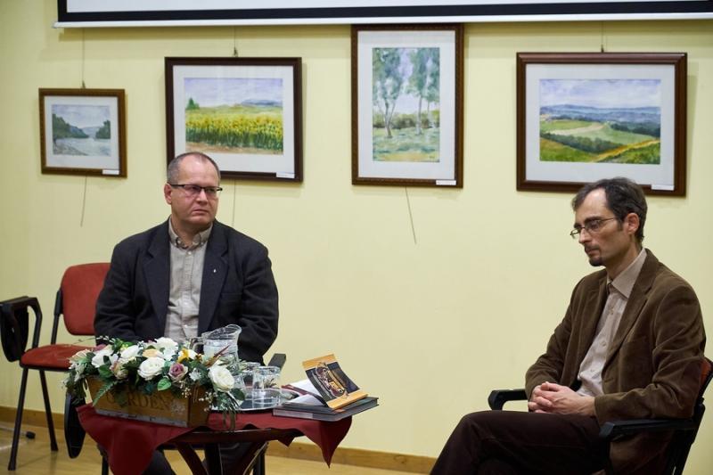 Ilyés Gábor kötetbemutatója a könyvtárban