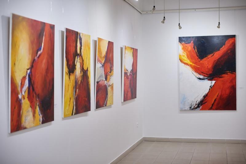 Iserlohni alkotások kiállítása a Pál Gyula teremben
