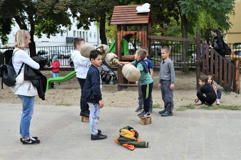 Játszótér avatás a Móricz Zsigmond Általános Iskolában
