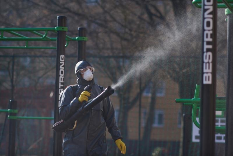 Játszótér fertőtlenítés a Jósavárosban 20210303