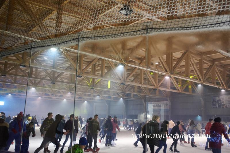 Jégpályák Éjszakája 2020 - Retro Ice Party