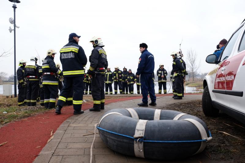 Jégről mentési gyakorlat a Bujtoson - 2020