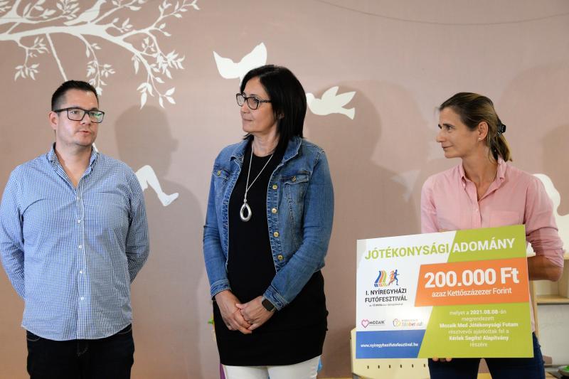 Jótékonysági adomány a Mozaik Med Sportegyesülettől