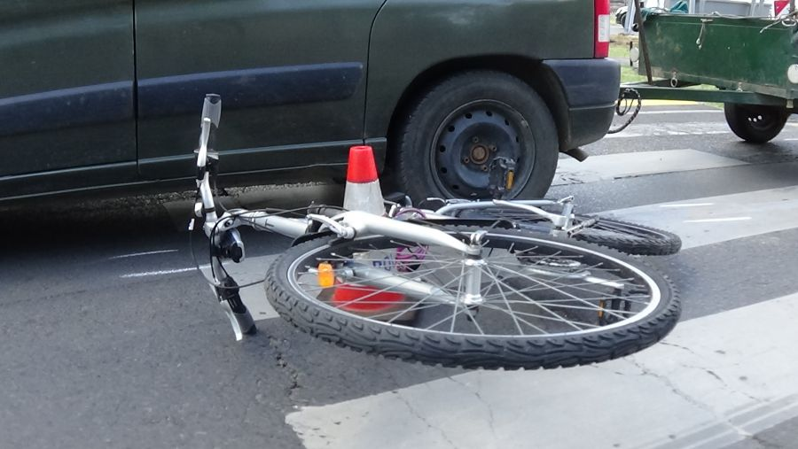 Kerékpáros baleset a Korányi Frigyes utcán