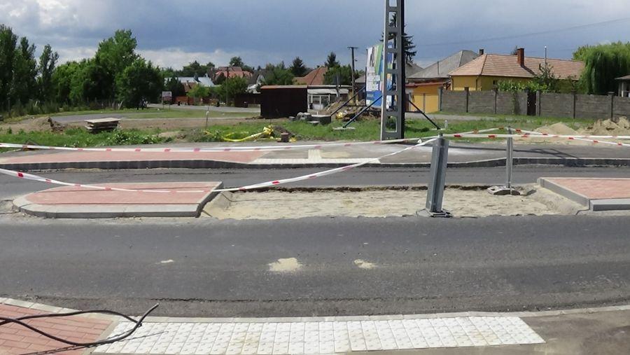 Kerékpárút építés a Kállói úton
