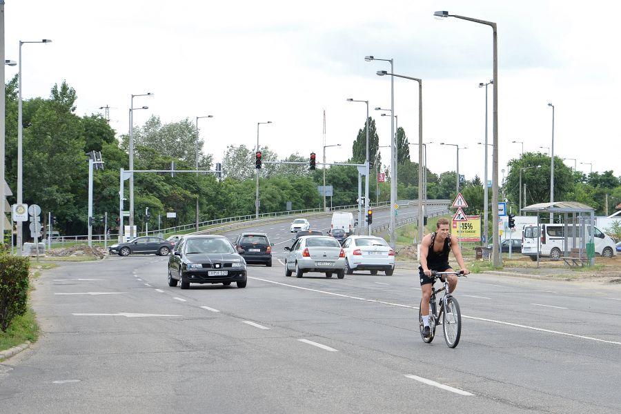 Kerékpárút építés