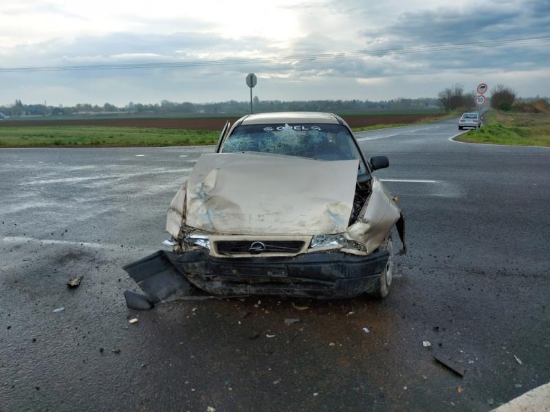 Két jármű ütközött Nyírszőlősnél