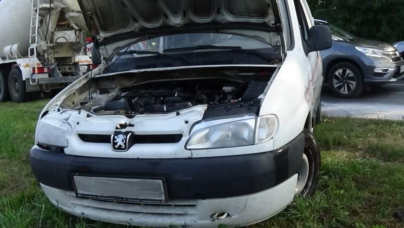 Kisteherkocsi motortere gyulladt meg a Kállói