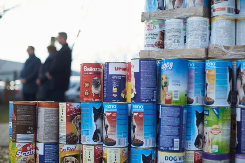 Kormányhivatali adomány az Állatbarát Alapítványnak