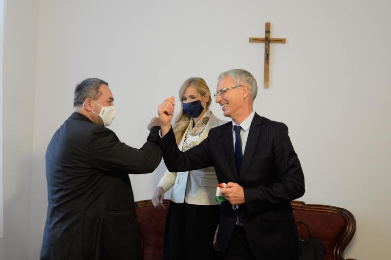 Köszönet és gratuláció  Felföldi László  püspöki kinevezése alkalmából