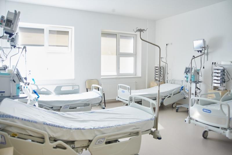 Lélegeztetőgépek- és altatógépek a Jósa András Kórházban