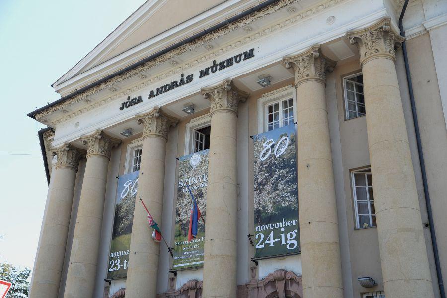 Megérkeztek a Szinyei Merse Pál festmények Nyíregyházára