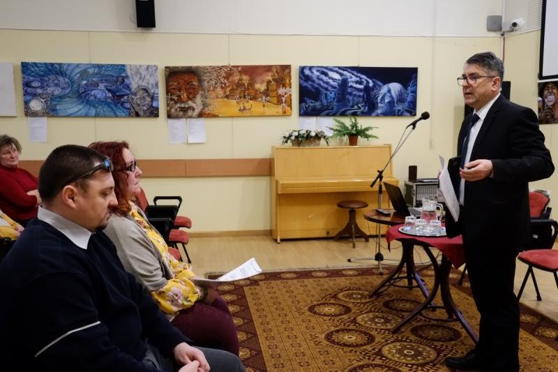 Montage szakmai konferencia a könyvtárban