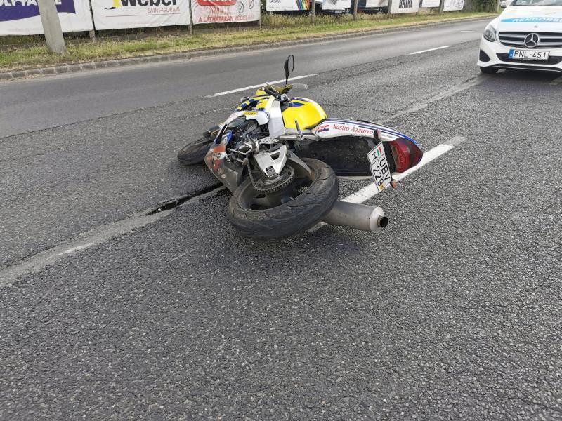 Motoros baleset a Pazonyi úton