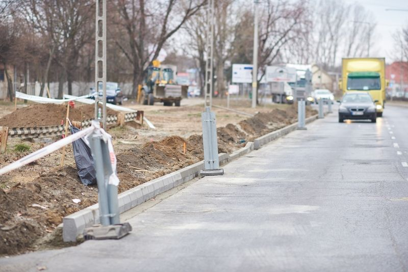 Munkálatok a Legyező és Tünde utcán