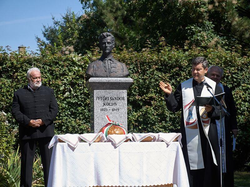 Nemzeti ünnep Oroson