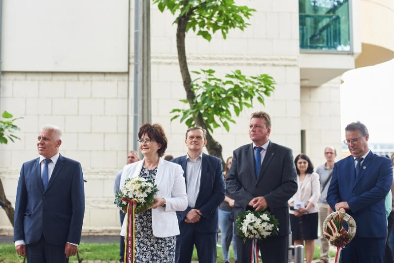 Normantas Paulis emléktábla avatás és emlékkiállítás