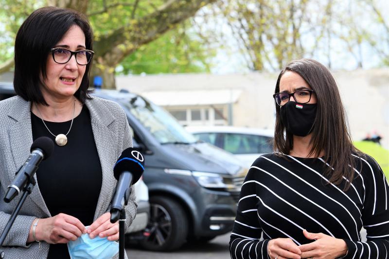 Novák Katalin sajtótájékoztatója a Jósa András Oktató Kórházban