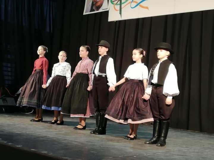 Országos versenyen a Szent Imre néptáncosai