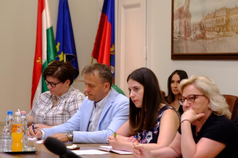 Polgármesteri sajtótájékoztató a Városházán