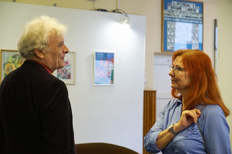 Porkoláb Éva kiállítása a Zrínyi Ilona gimnáziumban