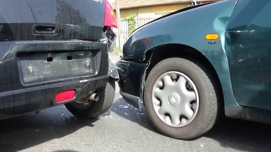Ráfutásos baleset az Orosi úton