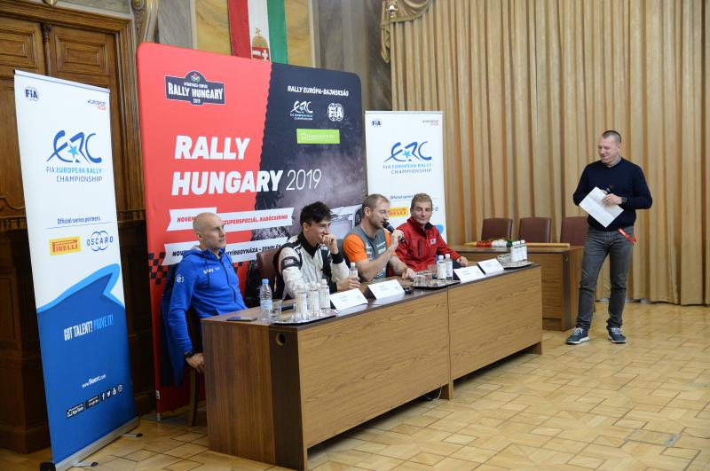 Rally sajtótájékoztató a Városházán