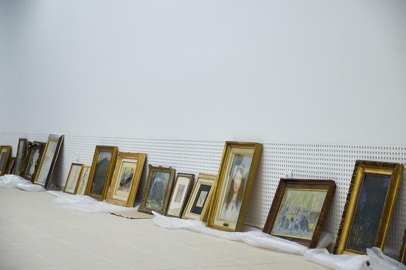 Rippl-Rónai festmények érkeztek
