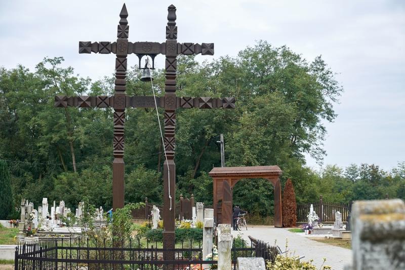 Sóstóhegyi temető felújítása