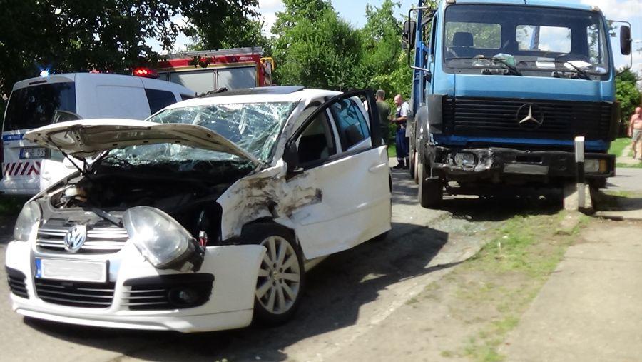 Súlyos baleset történt a Bukarest utcában