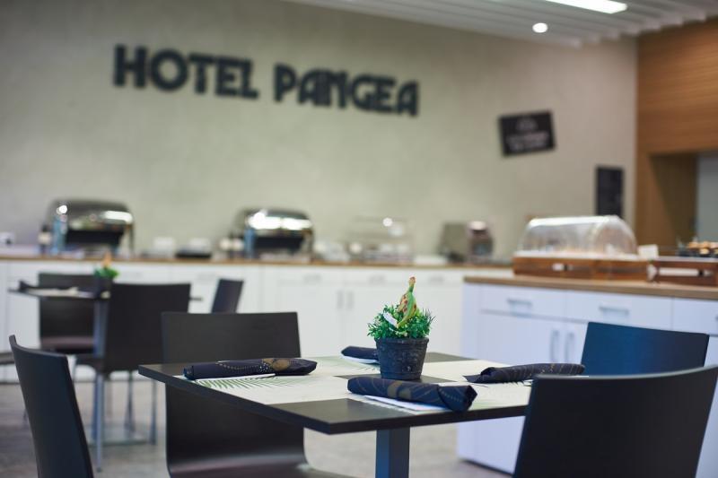 Szállóvendégek a Hotel Pangeában