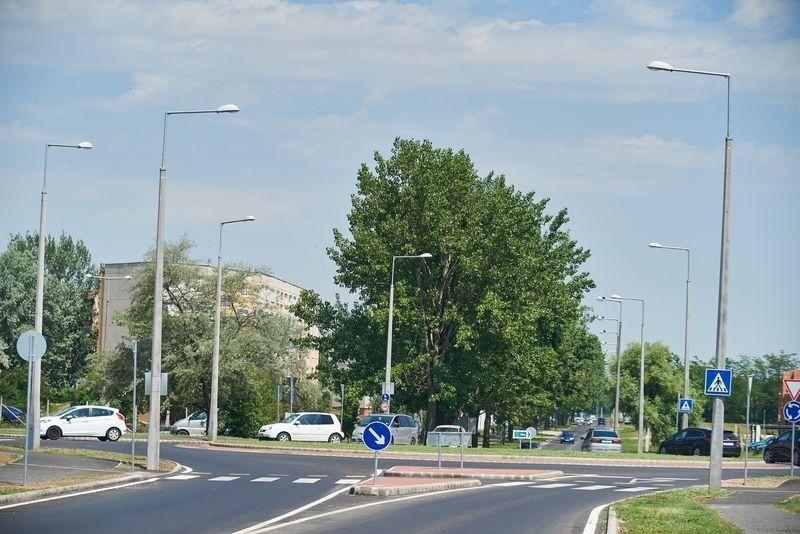 Törzs utcai körforgalom átadó