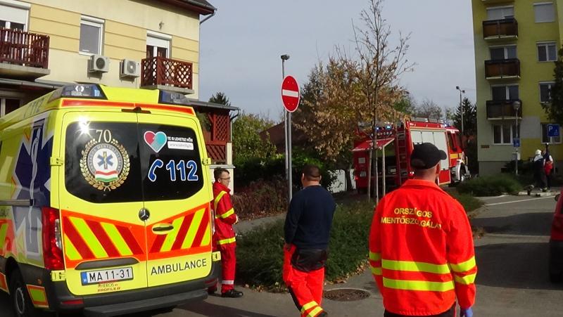 Tűz ütött ki egy Toldi úti társasház erkélyén
