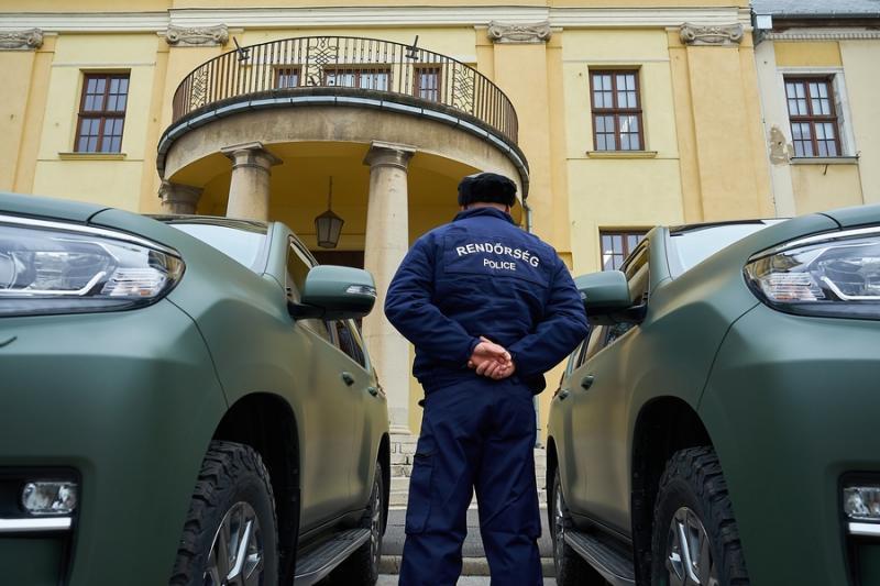 Új szolgálati autók a rendőrségen
