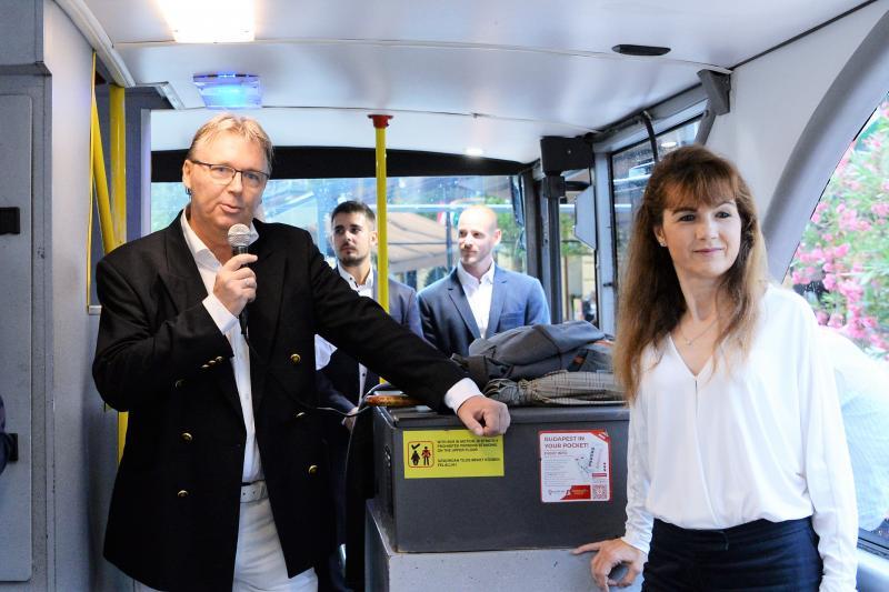 Új városnéző busz Nyíregyházán