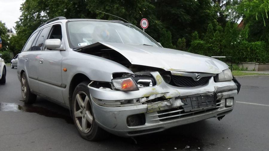 Újabb baleset a Sóstói úton