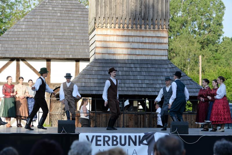 Verbunk napja gálaműsor a Sóstói Múzeumfaluban