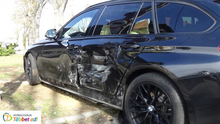 Baleset  történt a Rákóczi utcán, egy személyt kórházban ápolnak