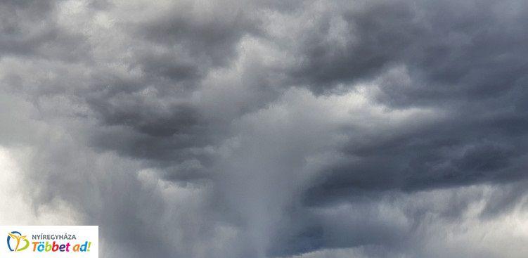 Enyhe, gyakran szeles folytatás jön, hidegfronttal indul a következő hét