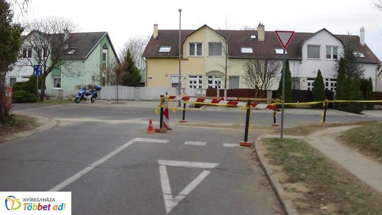 Munkálatok a Bánki és a Törpe utca kereszteződésében – Forgalomkorlátozás van érvényben