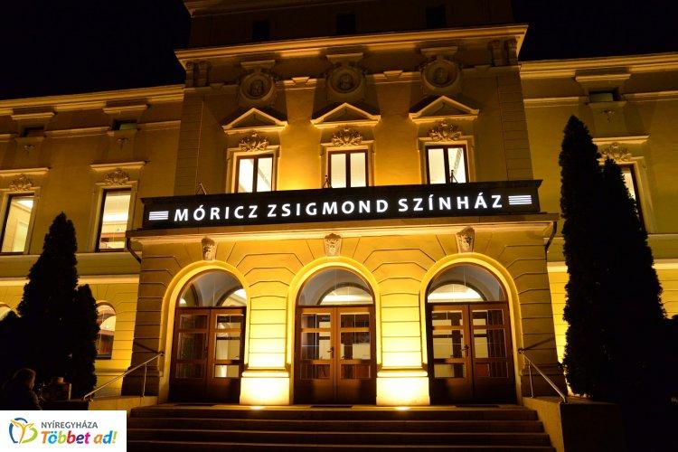 Egyedülálló darab bemutatója közeleg április 12-én a Móricz Zsigmond Színházban