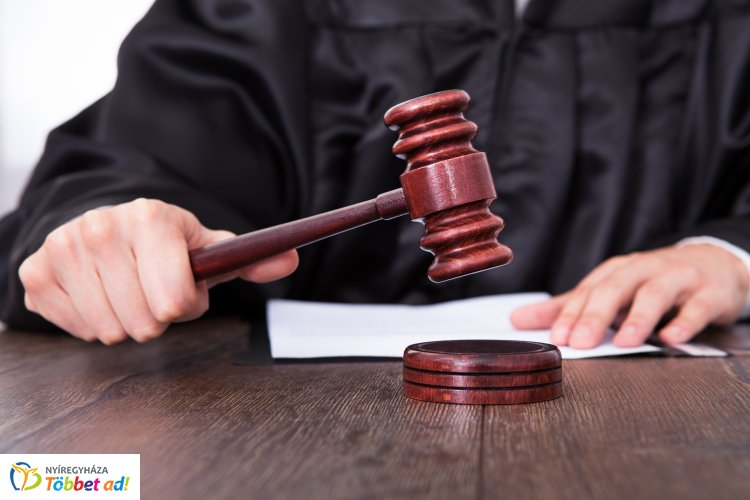 Súlyosbította a törvényszék az ismerősére támadó férfi büntetését