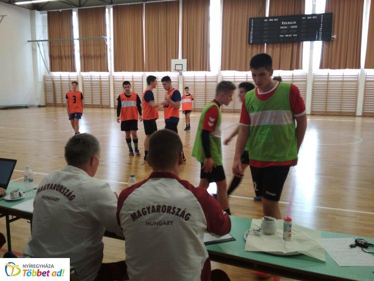 Regionális kiválasztó - 14-15 éves kézilabdás fiúknak tartottak válogatót