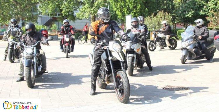 Motoros véradás - Számos program vár tavasszal a motorosokra