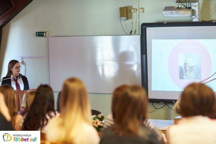 Diákkonferencia - egészségügyi, szociális prezentációk a Zay-ban