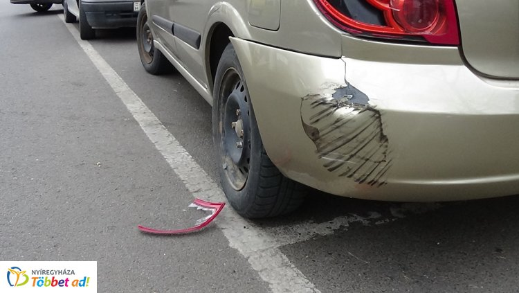 Baleset a Dózsa György utcán - Későn reagált a motoros, kórházba került