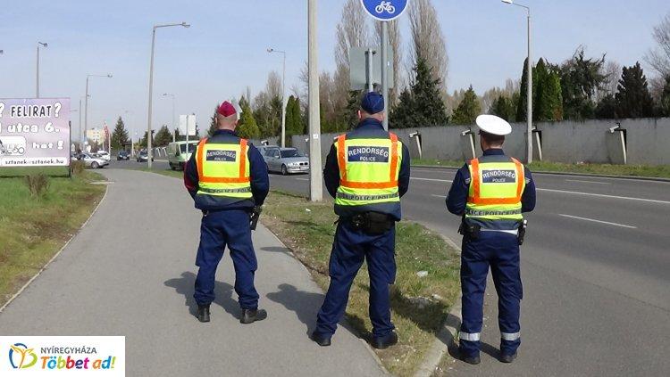 Kijelölt gyalogos-átkelőhelyek szabályos megközelítését ellenőrizték a város több pontján