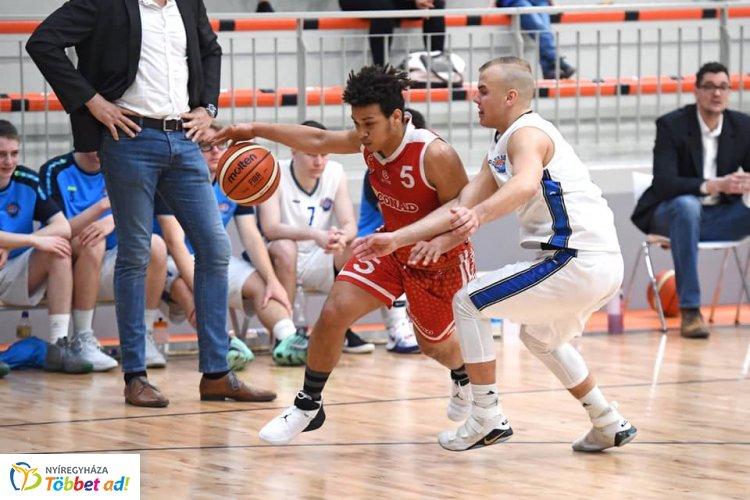 Irány az elit - az EYBL döntőjébe jutott az U20-as kosárlabda együttes