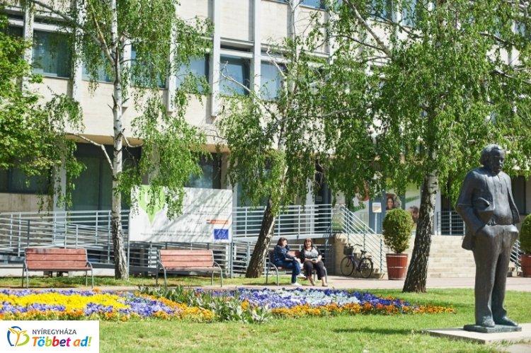 A Magyar Könyvtárosok Egyesülete Szabolcs-Szatmár-Bereg megyei Szervezete  ünnepi ülése